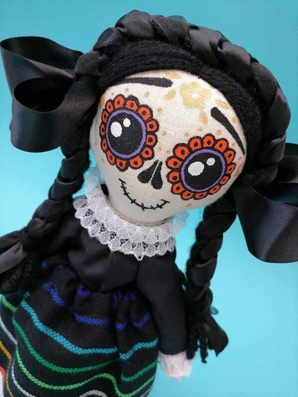 Calaverita catrina mazahua, muñeca de trapo